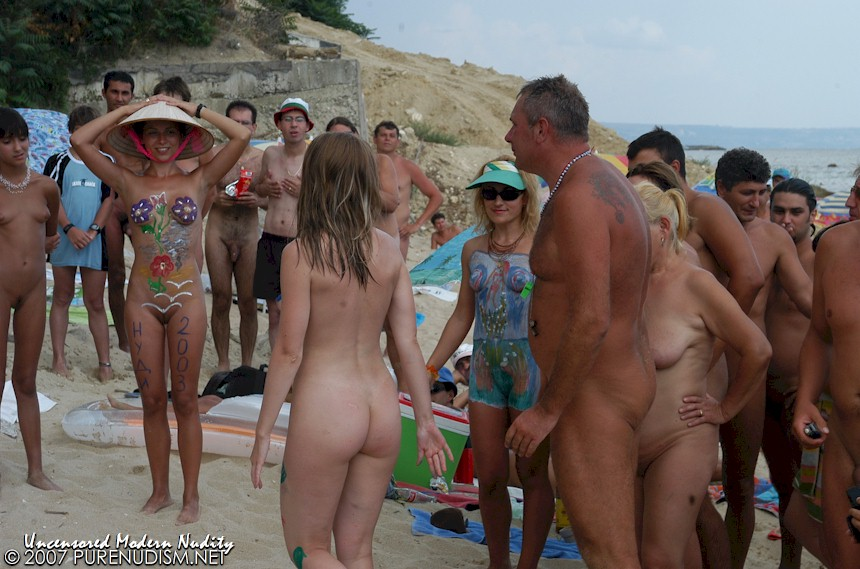 PureNudism.net - Teen Nudist Beauty Pageant - Picture